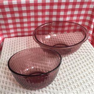 Vintage Pyrex Bowls Amethyst 1 1/2 & 2 1/2 Quarts